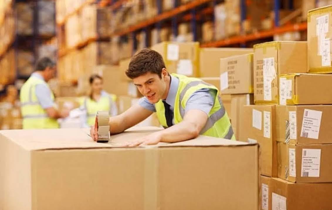 Pour exporter tous vos produits, PCW EMBALLAGE vous propose des containers en carton très résistants et adaptés au transport par voie terrestre, maritime ou aérien